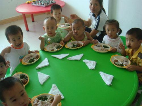 海南省三亚市蓝天艺术幼儿园