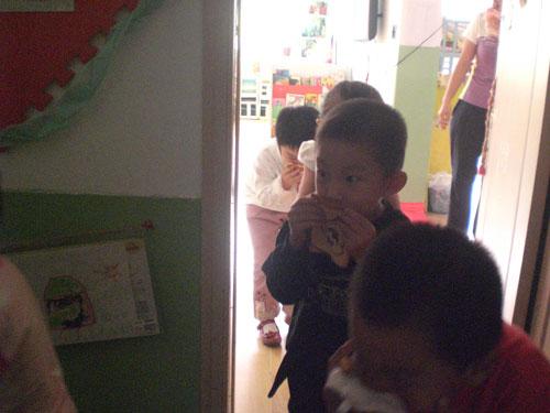 山东青岛洛阳路幼儿园大型消防演习活动