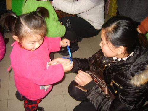 山东聊城阳光双语幼儿园感恩节特别活动