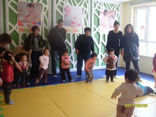 丹东小红星艺术幼儿园上课进行时
