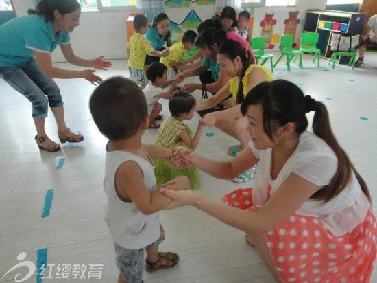 湖北安陆红缨新世纪幼儿园开展新生试园活动