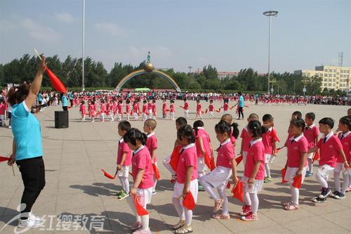 """黑龙江双城红缨世纪星幼儿园举行""""六一·阳光体育""""展示"""
