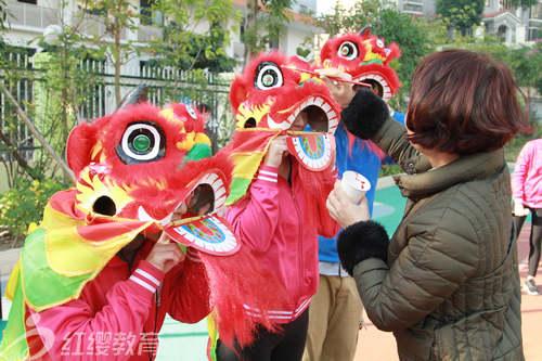 广西南宁青秀红缨幼儿园举办元旦活动