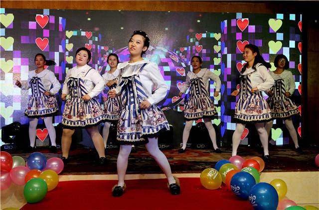 舞蹈《咖喱咖喱》