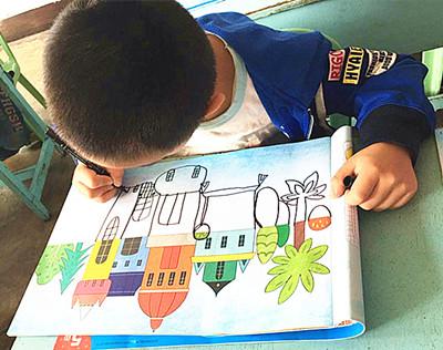 儿童画涂色的方法 【4种涂色方法】 涂色的顺序一般是从左至右,从上