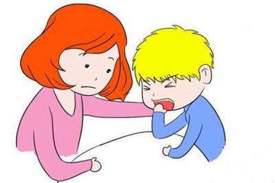 那些因为长时间咳嗽,检查出肺炎的小朋友,往往一开始就已经被肺炎袭击