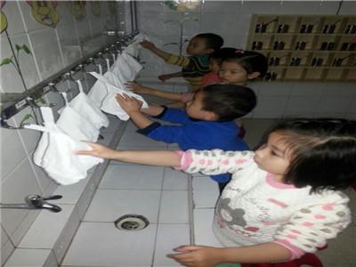 勤洗手、讲卫生
