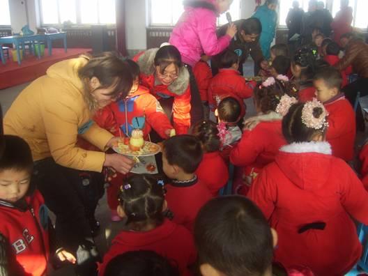 山东齐河红太阳幼儿园举办迎新年联欢活动